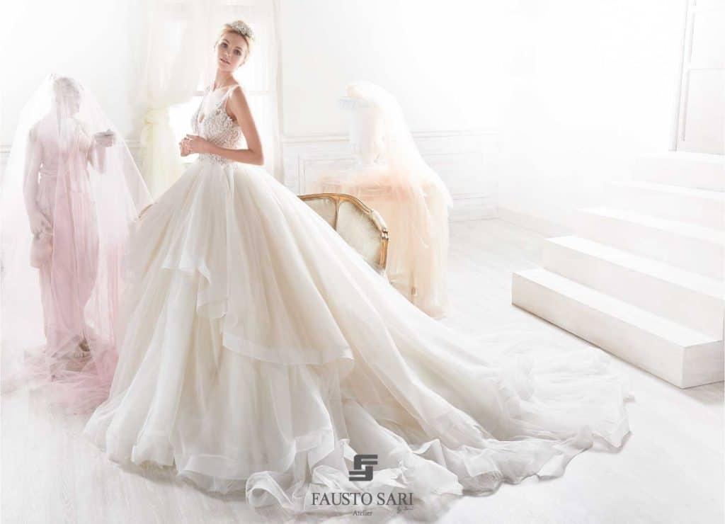 Vestiti Da Sposa Larghissimi.Abiti Da Sposa Stile Principessa