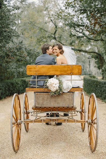 matrimonio romantico calesse o carrozza