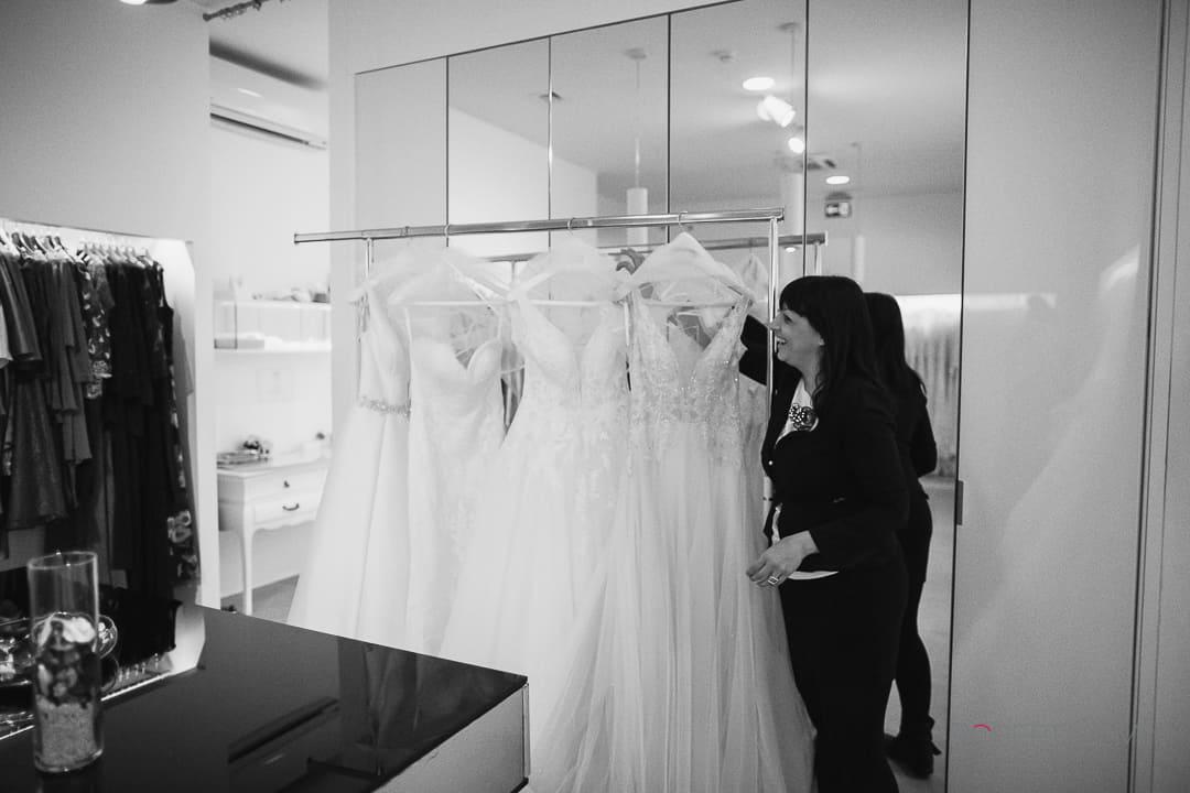 4 abiti da sposa con stili diversi per capire in che direzione muoversi